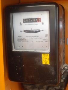"""2021-Vorrausetzungen-Stromversorgung """"AG"""", Zur Ausführung unserer Arbeiten brauchen wir einen Stromanschluss. Dieser muss vor der Ausführung durch den Auftraggeber abgeklärt und auch sichergestellt sein."""