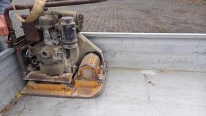 """2021-Leistungen-MGV """"Baumaschinen?"""", Rüttlerplatte ca. 35 kg ohne Gummimatte"""