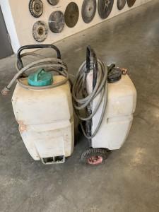 """2021-Vorrausetzungen-Wasserversorgung """"AG"""", Sollte auf der Baustelle die Wasserversorgung vor Ort nicht gewährleistet sein, kann dies durch vorherige Absprache mit uns, durch einen transportablen Wassertank mit integrieter Pumpe ermöglicht werden."""